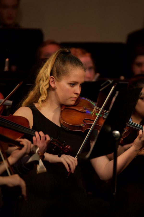 Advanced+Orchestra+Students+Step+into+the+Spotlight