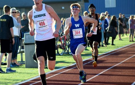 Rafe Holz pushes himself while competing in Sedro-Woolley High School race.
