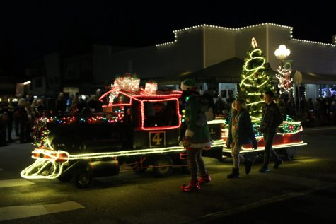 Sedro spreads holiday cheer with annual festivities
