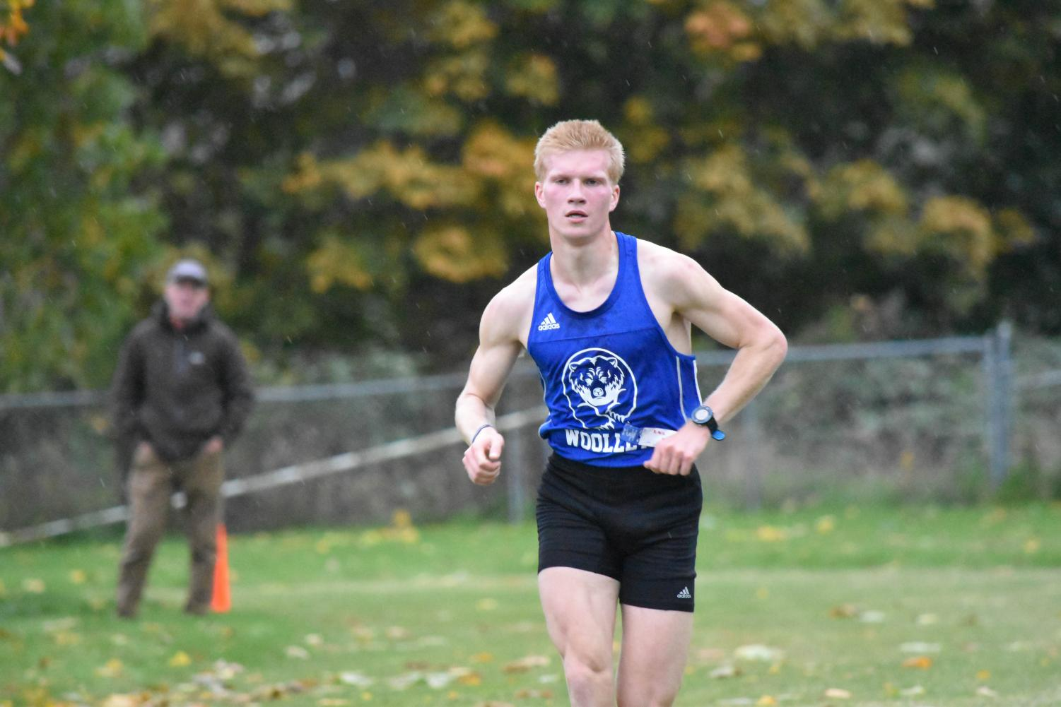 Senior Rafe Holz took home first place in Bellingham last week. Now Holz and the rest of the team prepares for Districts, their last stop before State.