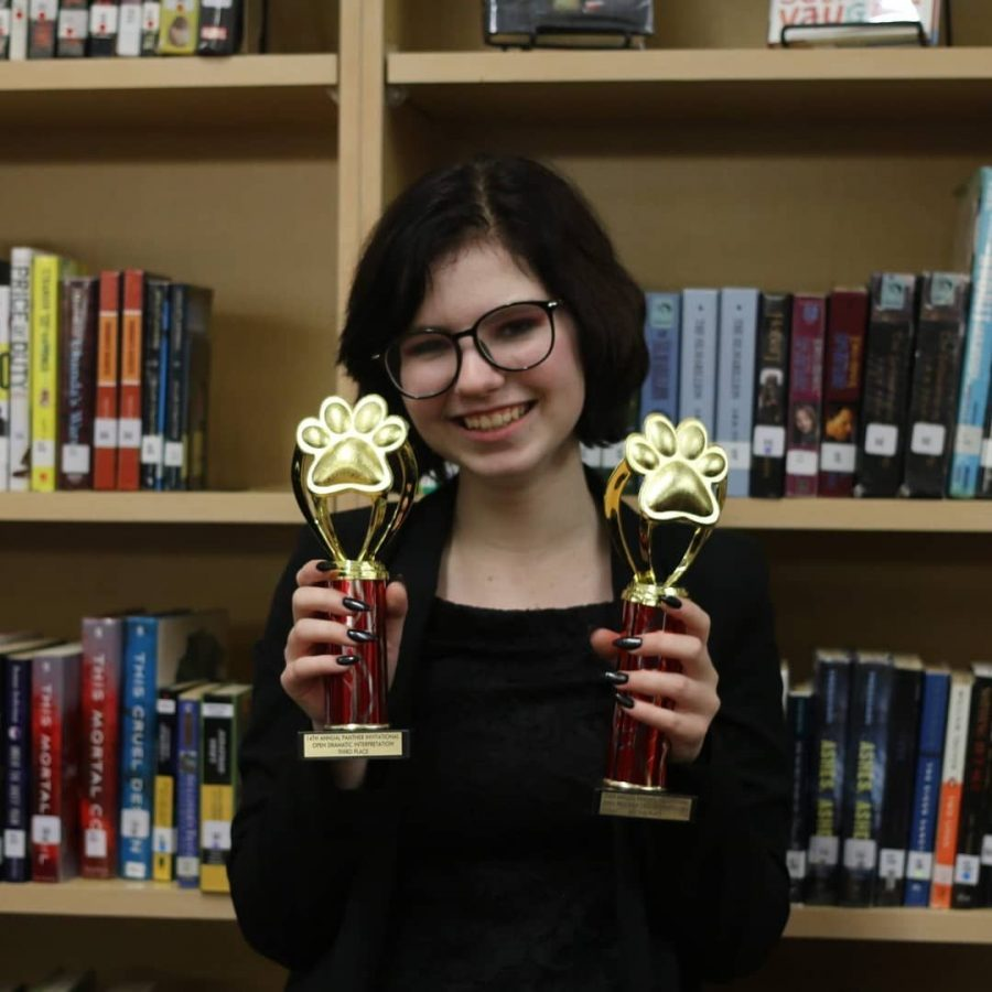 Junior+Emily+Redling+prepares+to+head+to+state+once+again+for+the+SWHS+Speech+and+Debate+team.+President+of+the+club%2C+Redling+has+had+a+passion+for+competing+since+she+joined+her+freshman+year.+Courtesy+of+Emily+Redling.