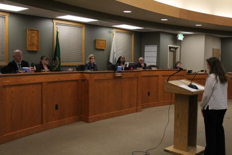 Sedro-Woolley High School senior and President of the Earth Club Zoe Slabodnik stands before Sedro-Woolley Mayor Julia Johnson and the rest of the city council. Slodnik's speech touched on the environmental impact of paper and plastic bags