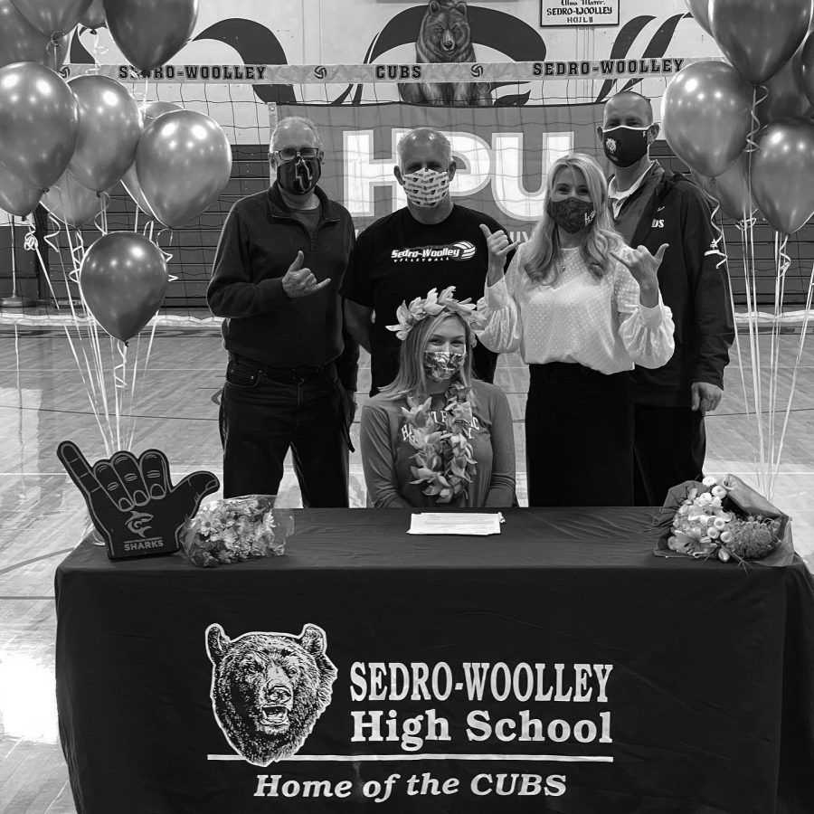 Claire Hindman signing to play with Hawai'i Pacific University.